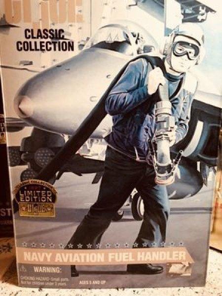 画像1: 【特別SALE】GIJOE classic collection LIMITED EDITION 1997 NAVY AVIATION FUEL HANDLER パッケージ色褪せ有り (1)