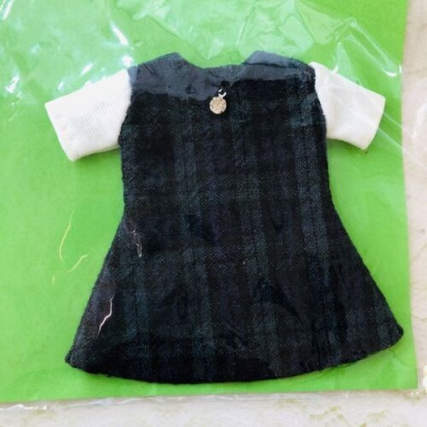 画像1: 花布糸様制作『ダークグリーンチェックと白い袖のワンピース』リカちゃん相当size (1)