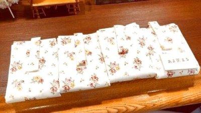 画像1: あま茶まる様制作 【 おくるみ 】プーリップ、ネオブライスサイズドール『 花柄 』